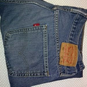 Levi's Jeans - 3 pairs of Levi's jeans.